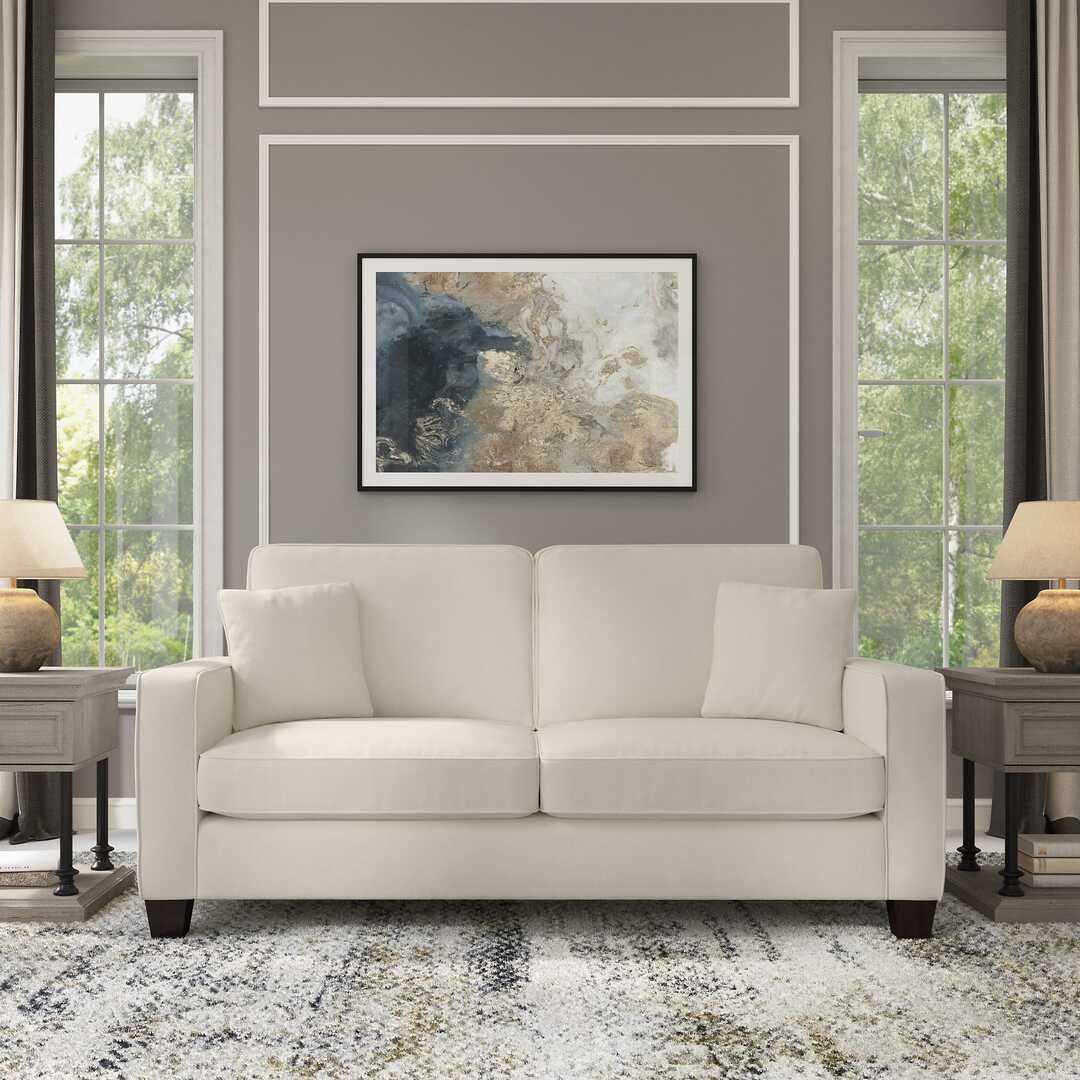 Livingroom Hover