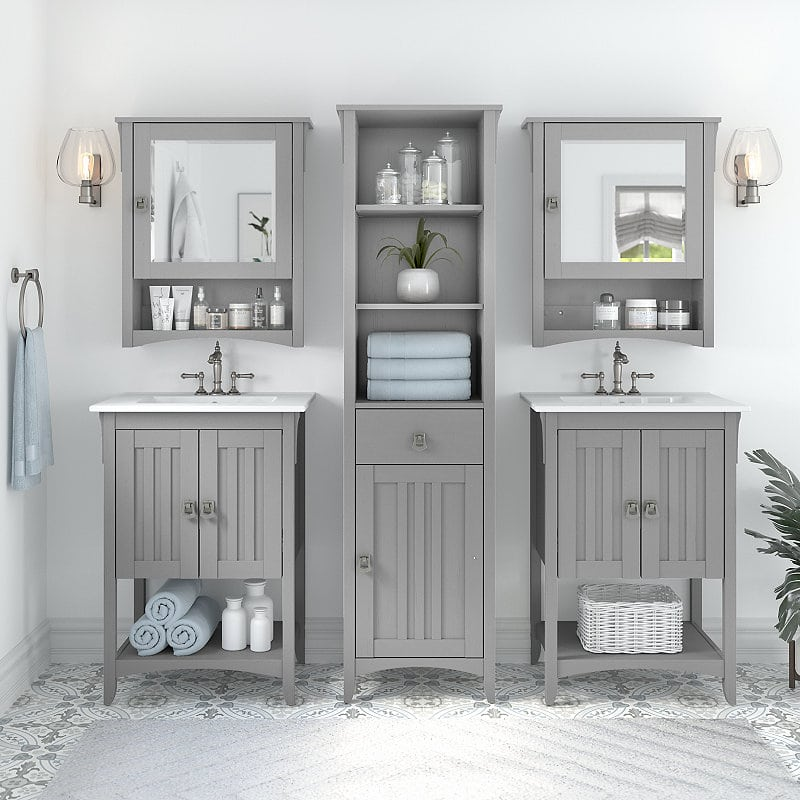 Salinas Bathroom