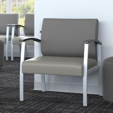Bariatric Guest Chair with Arms